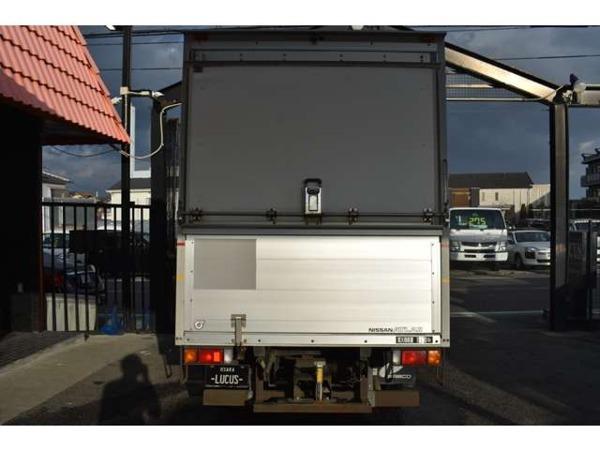 「アトラス 2.0 パネルバン キッチンカー・移動販売車ベース」の画像2