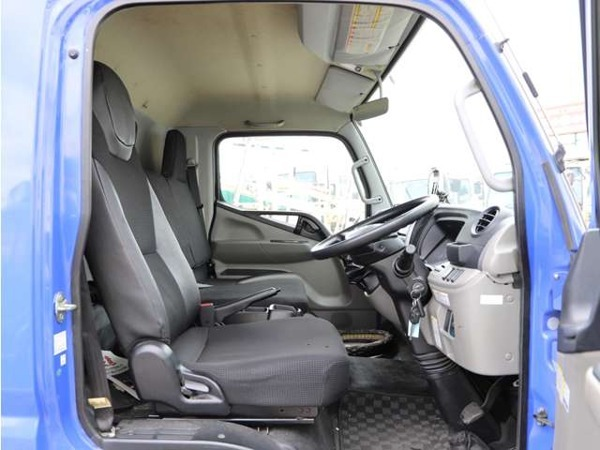 「キャンター 4.5t ワイドロング カーテン式幌車 平ボディ 増トン仕様 5MT」の画像3