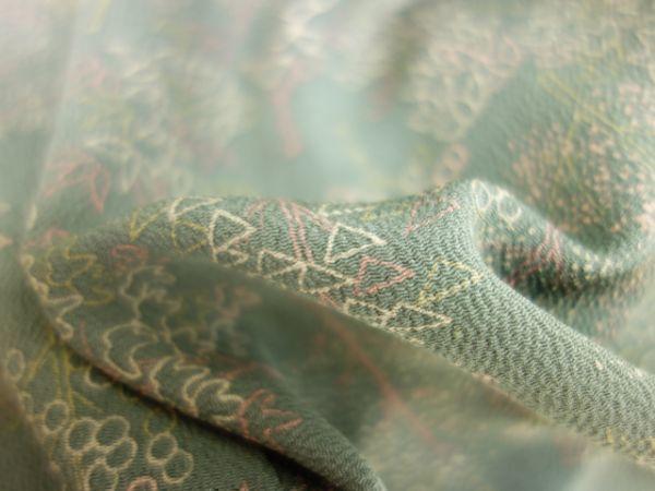 【先取り夏物・単衣SALE】12,000→8,400円☆20094☆身丈159cm 中古品 小紋 単衣 ちりめん地 抽象的 枝葉模様 上品 お洒落☆_画像4