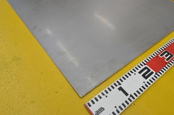 鉄 酸洗い鋼板(黒皮除去)(1.6~6.0mm厚)の(914x600~450x300mm)小型定寸・枚数販売 F11_画像3