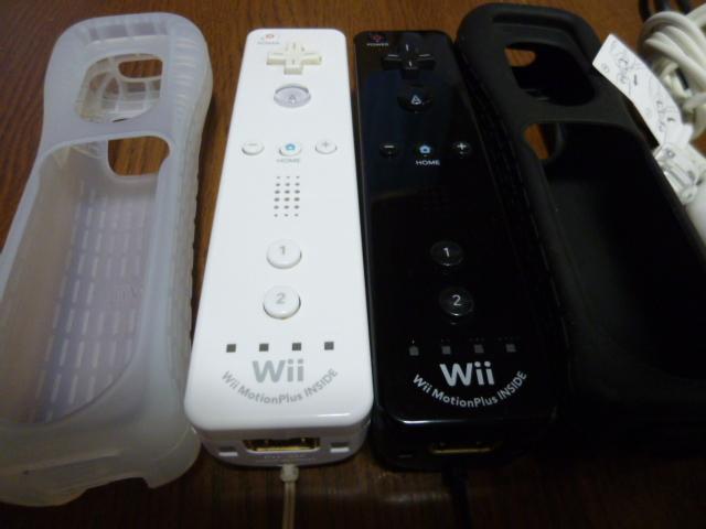 RSJN2【送料無料 動作確認済】Wii リモコン モーションプラス ジャケット ストラップ ヌンチャク ブラック ホワイト 純正品 2個セット