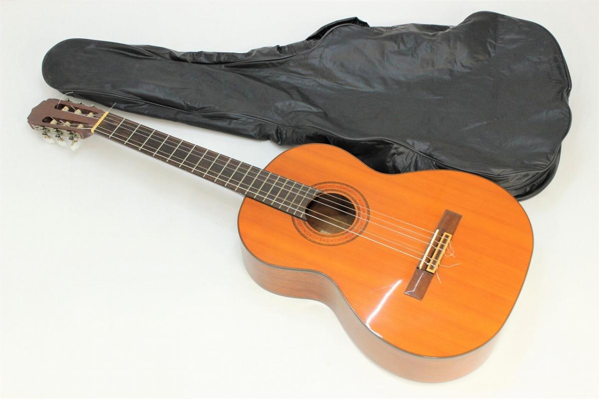 【行董】 Aria アリア A-20 クラシックギター 弦長65cm アコギ ギター 楽器 弦楽器 ソフトケース付 AA151BOM98_画像1