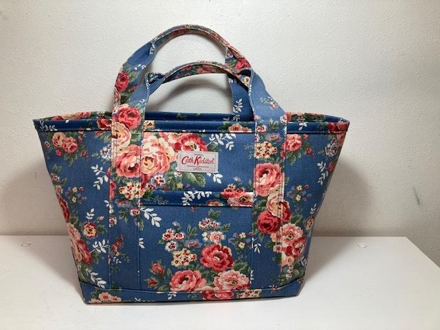 ※11398 CATH KIDSTON 大型 ラージトートバッグ ブルー系 花柄 レディース キャスキッドソン USED_画像1