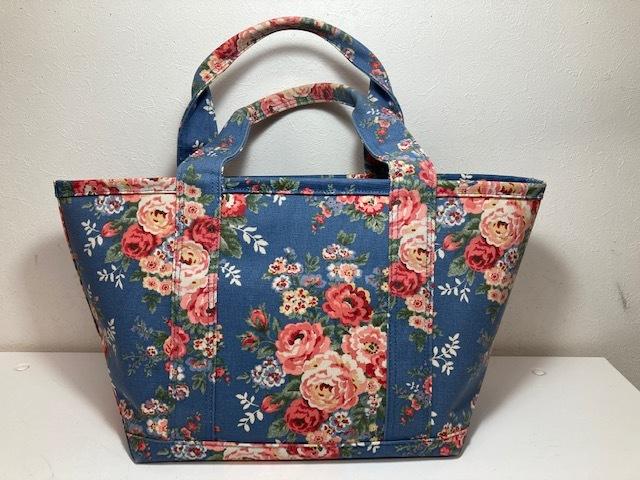 ※11398 CATH KIDSTON 大型 ラージトートバッグ ブルー系 花柄 レディース キャスキッドソン USED_画像2