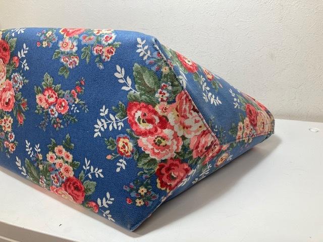 ※11398 CATH KIDSTON 大型 ラージトートバッグ ブルー系 花柄 レディース キャスキッドソン USED_画像9