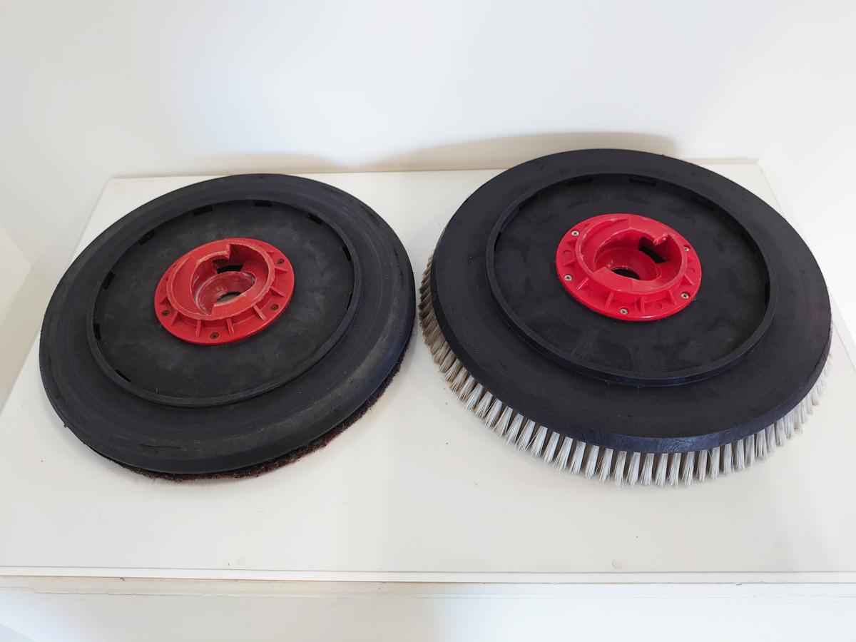 ◆中古品◆ 蔵王産業 | ZAOH | スクラブメイト| 500ジュニアS | バッテリー駆動式 | 自動床洗浄機 | 動作確認済み_画像8