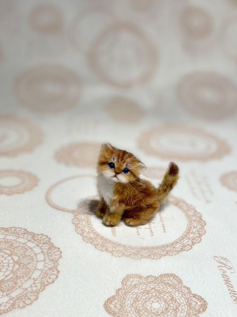 **羊毛フェルト 小さなチンチラゴールデン ペルシャ子猫 ドールハウス ハンドメイド ブライス 人形*_画像2