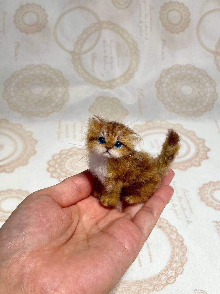 **羊毛フェルト 小さなチンチラゴールデン ペルシャ子猫 ドールハウス ハンドメイド ブライス 人形*_画像1