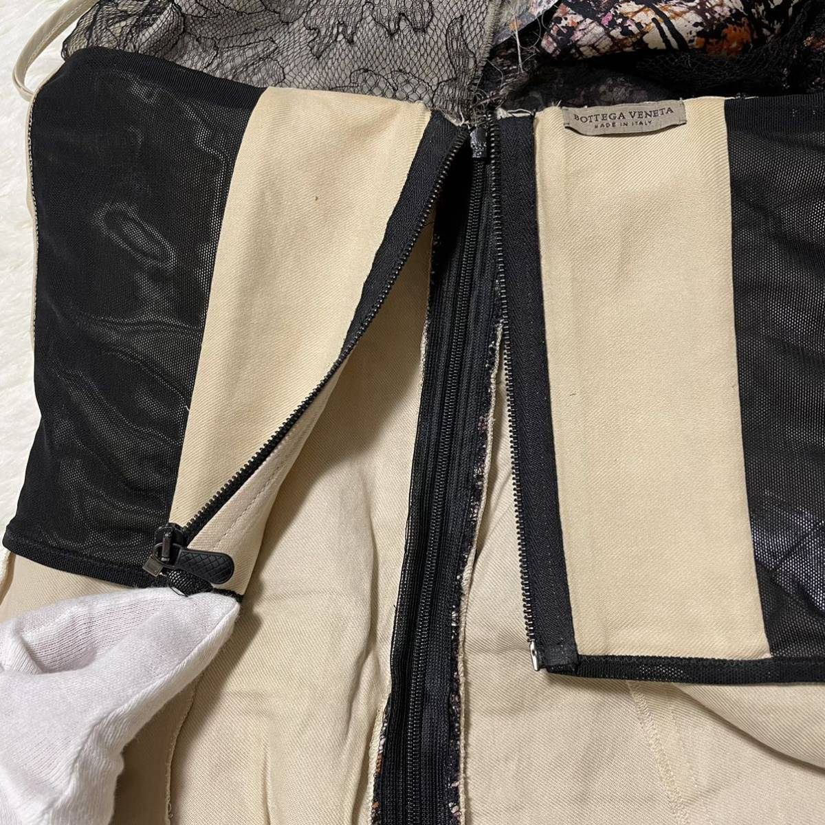 本物 コレクションモデル ボッテガヴェネタ シルク混 レース ギャザーレイヤード オフショルダー ワンピース ドレス 38 BOTTEGA VENETA_画像6