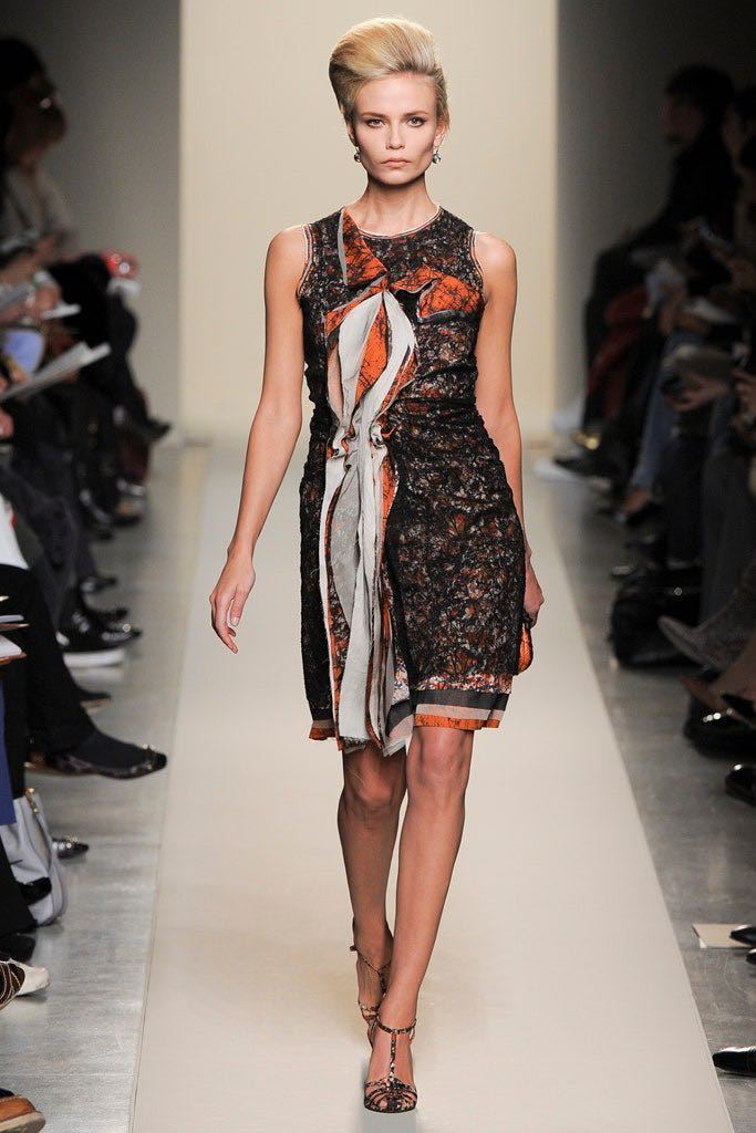 本物 コレクションモデル ボッテガヴェネタ シルク混 レース ギャザーレイヤード オフショルダー ワンピース ドレス 38 BOTTEGA VENETA_画像9