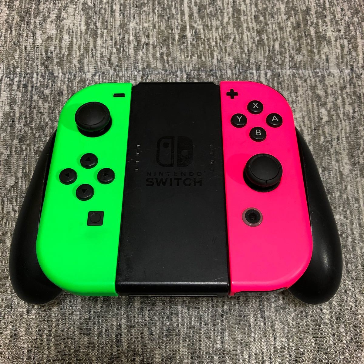 Nintendo Switch Joy-Con Joy-Conグリップ ネオングリーン ネオンピンク グリップおまけ付き