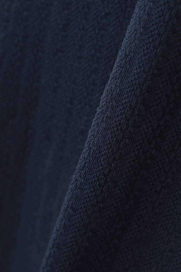 新品正規品 マスターバニー パーリーゲイツ サイズ3  2021モデルの最新作 バックロゴ シワになりにくい素材 ネイビー 送料無料_画像9