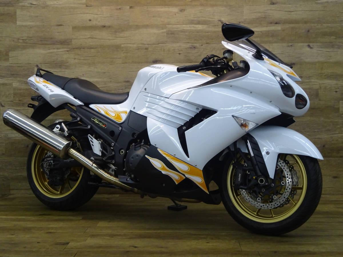 「カワサキ ZZR1400 フラッグシップハイウェイマスター♪高速ツーリング楽々です♪ローンもOKです♪」の画像1