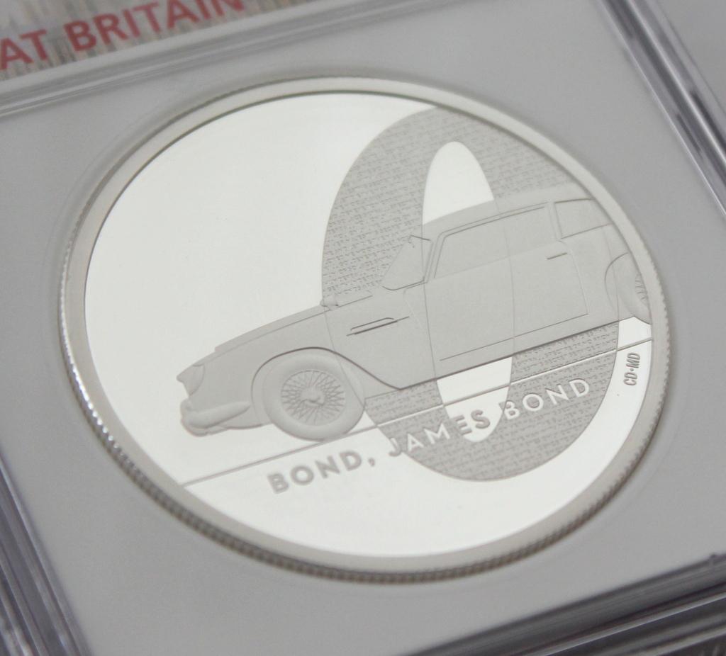 2020 イギリス 007 ジェームズ ボンド 5ポンド 2オンス 銀貨 NGC PF70UC 最高鑑定品!!_画像4