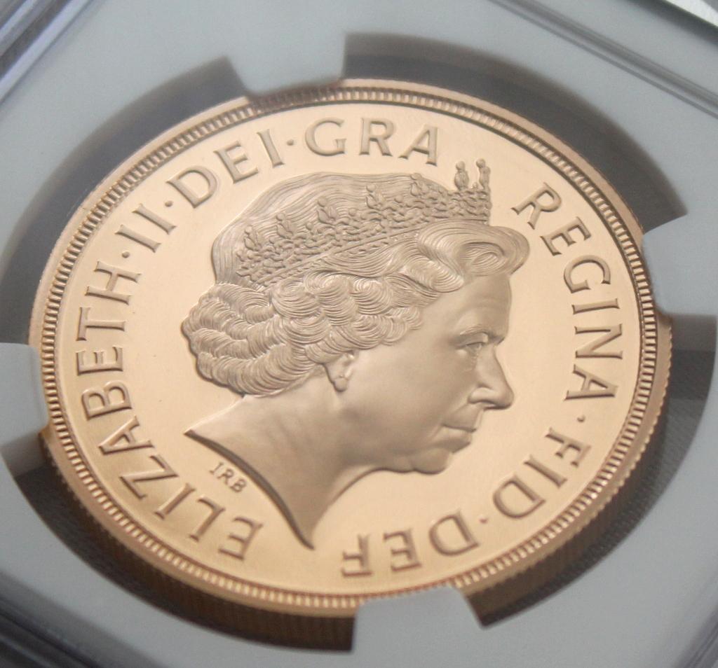 2012 イギリス ダイヤモンドジュビリー戴冠60周年記念 5ポンド 金貨 NGC PF70UC 最高鑑定品!!_画像6
