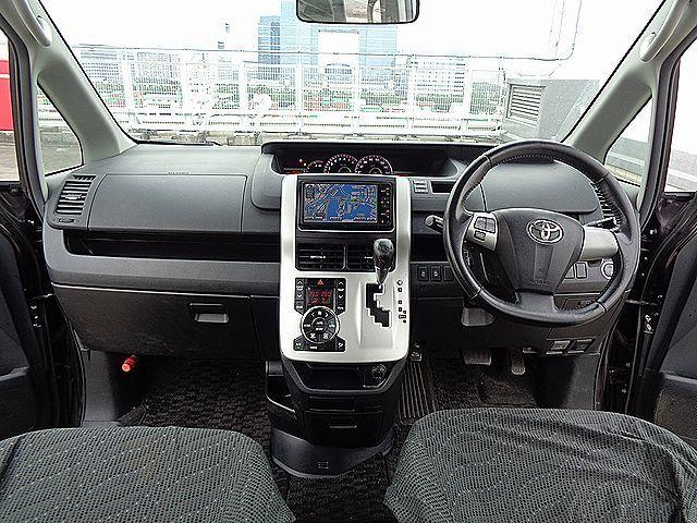 「売切★後期型VOXY ZS 車検2年付(R5/7迄)純正HDDナビ・地デジTV・Bカメ・両側Pスラ」の画像2