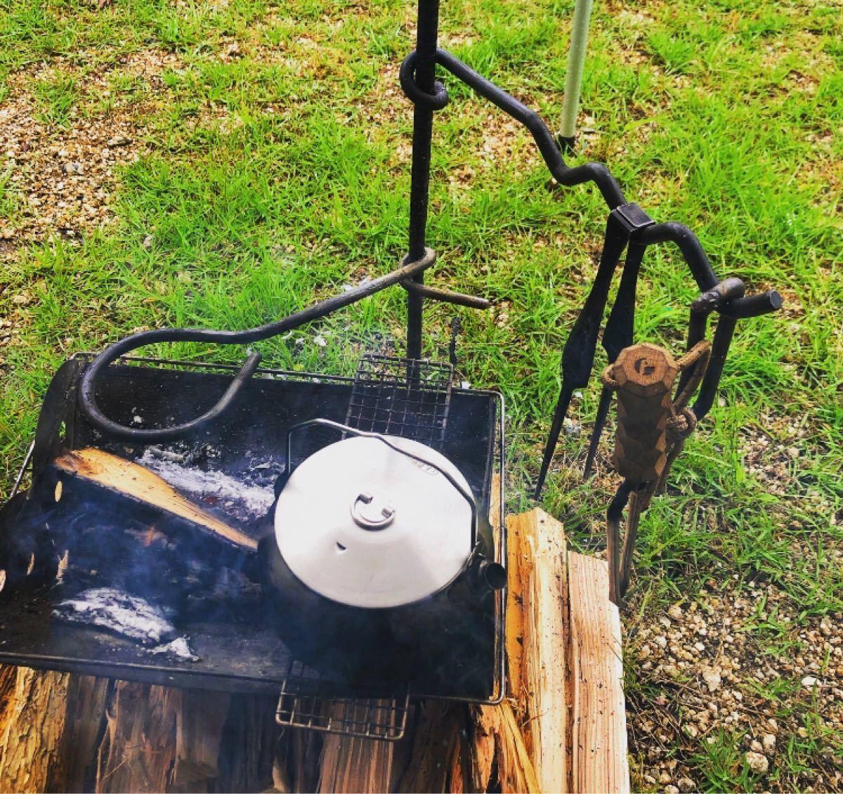 横かけ焚き火ハンガー/丸型焚き火テーブル/ランタンハンガー/コンパクトソロ