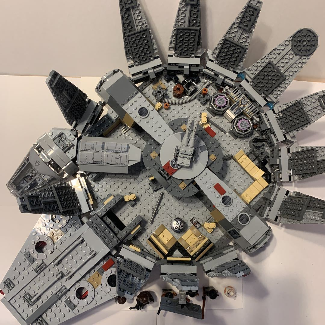 LEGO レゴ スターウォーズ 75105 ミレニアムファルコン 箱説明書付き_画像4