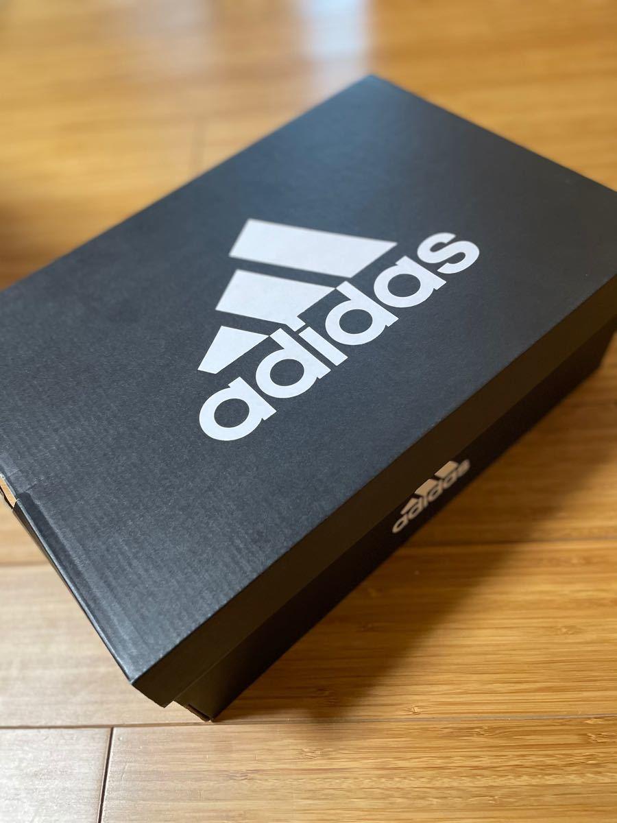 ランニングシューズ adidas ソーラードライブ ブースト