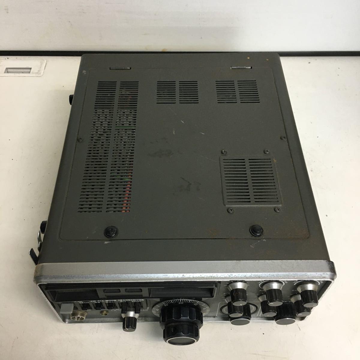 E066 TRIO トリオ TS-700 トランシーバー アマチュア無線機/本体のみ ジャンク品_画像6
