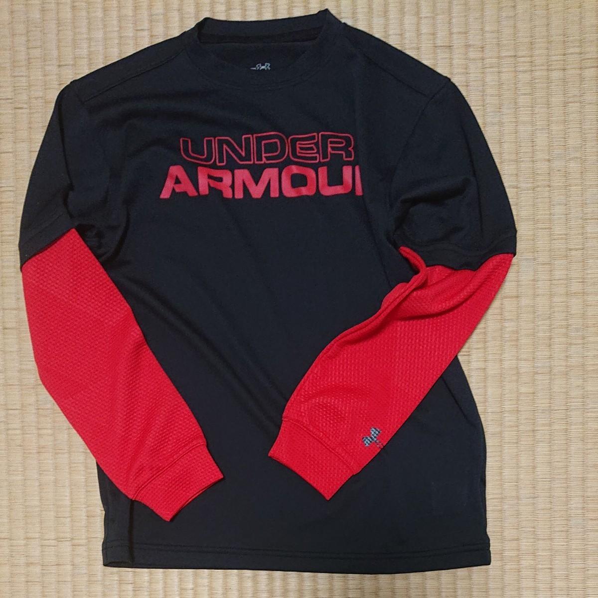 UNDER ARMOUR    長袖Tシャツ