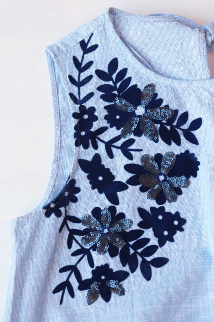 ZARA ザラ 人気 夏 大人素敵スタイル フェルト&スパンコール 花柄 ノースリーブプルオーバー サイズS ブルー 軽やか ボタニカル 爽やか_画像5