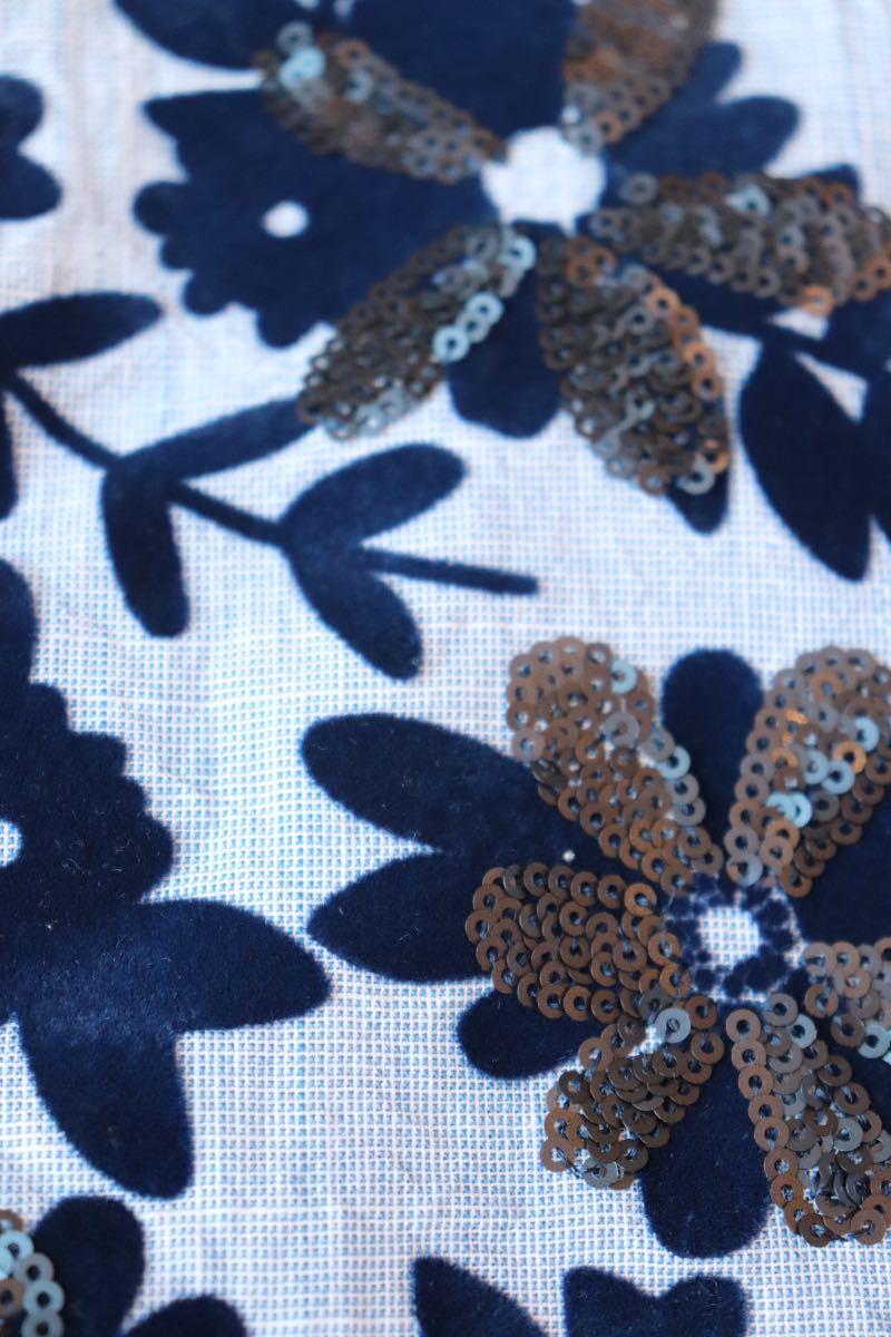 ZARA ザラ 人気 夏 大人素敵スタイル フェルト&スパンコール 花柄 ノースリーブプルオーバー サイズS ブルー 軽やか ボタニカル 爽やか_画像6