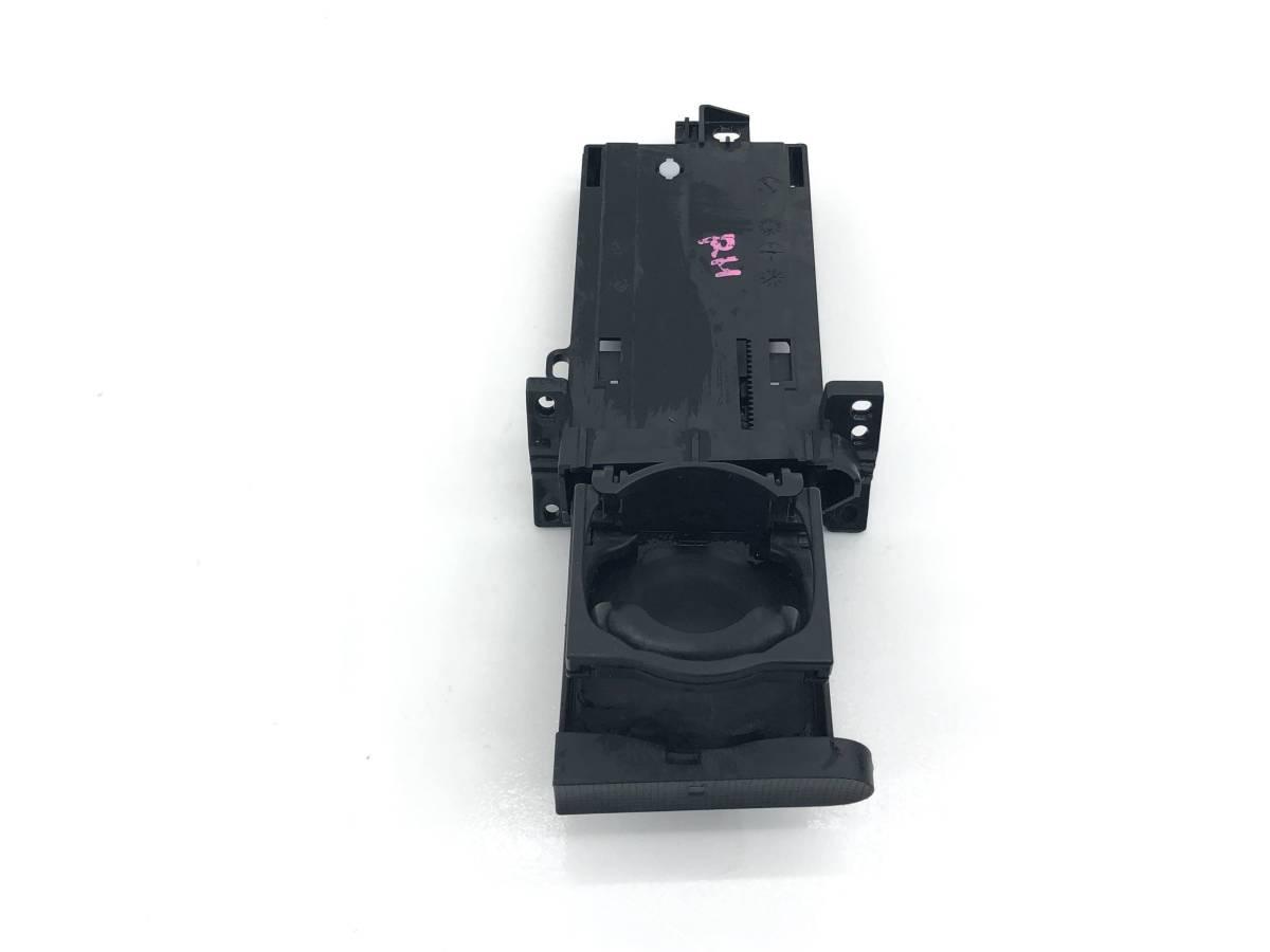 _b65824 ダイハツ タント カスタムRS CBA-L375S ダッシュボード ドリンクホルダー カップ 運転席側 右 RH YF10 L385S_画像1