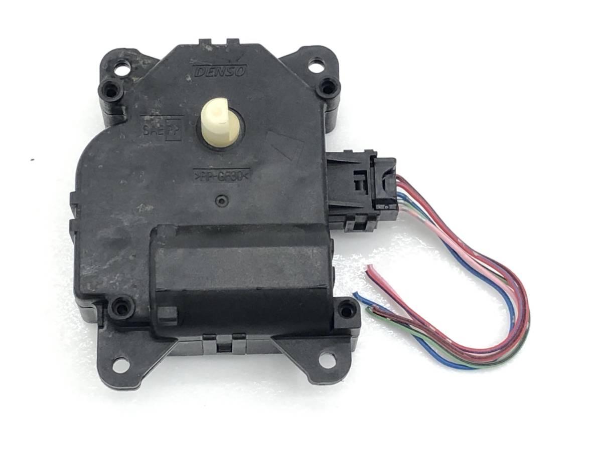 _b65824 ダイハツ タント カスタムRS CBA-L375S エアコンサーボ モーター (2) 113800-2720 L385S_画像2