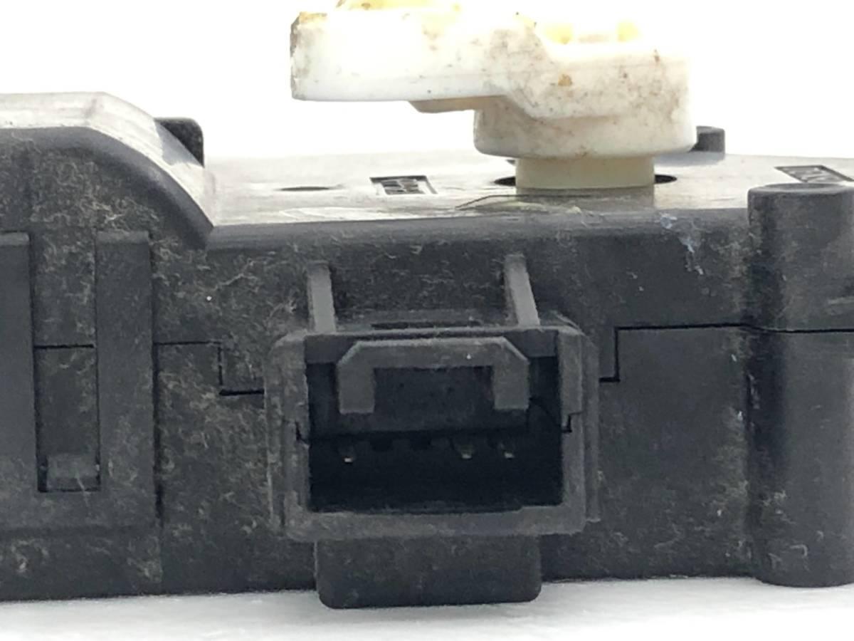 _b65824 ダイハツ タント カスタムRS CBA-L375S エアコンサーボ モーター (3) 113800-2830 L385S_画像3