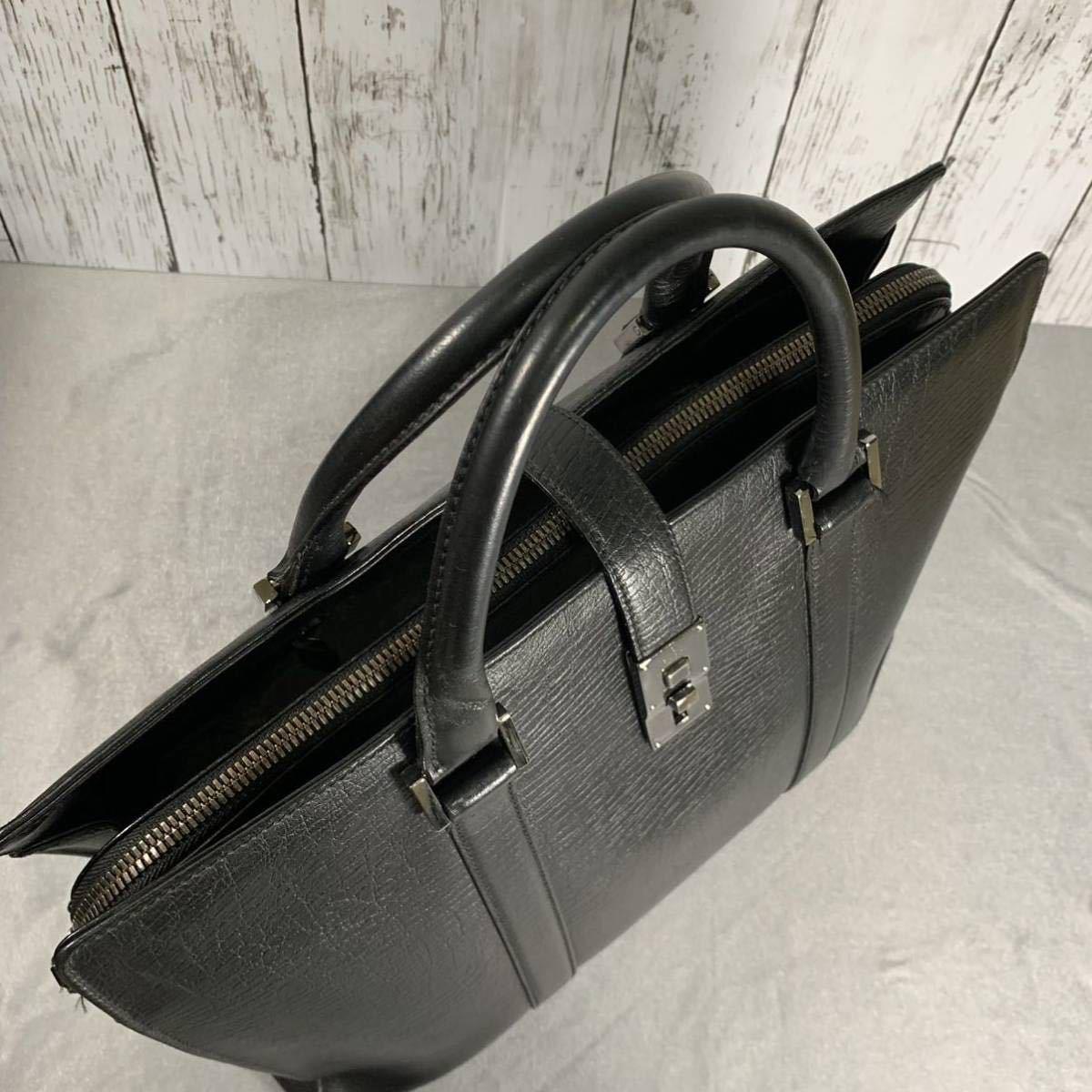 本物 超美品 グッチ 最高級グレインカーフレザー SVロック金具 メンズビジネスバッグ ブラック A4書類ブリーフケース トートバッグ GUCCI_画像3