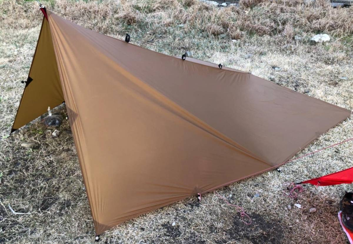 レクタタープ ソロ向け 軽量 コンパクト 持ち運び楽々 キャンプ 日除け シェード UVカット 撥水加工 300cmx290cm