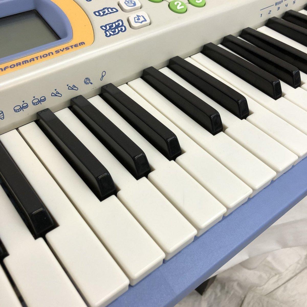 中古 CASIO カシオ 電子キーボード 光ナビゲーション LK-101 61鍵盤 グレー ブルー ポップカラー 電子ピアノ 鍵盤楽器 H15605_画像4