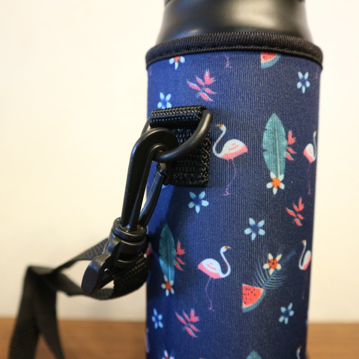★水筒カバー★~600ml ショルダーベルト付 水筒ケース ボトルカバー フラ☆