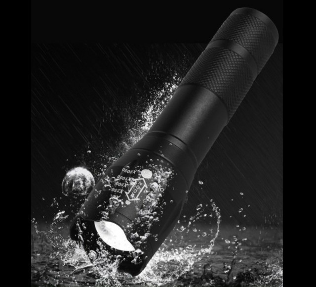 USBケーブル付き★懐中電灯 led USB充電式★ 強力 防水 携帯電話充電
