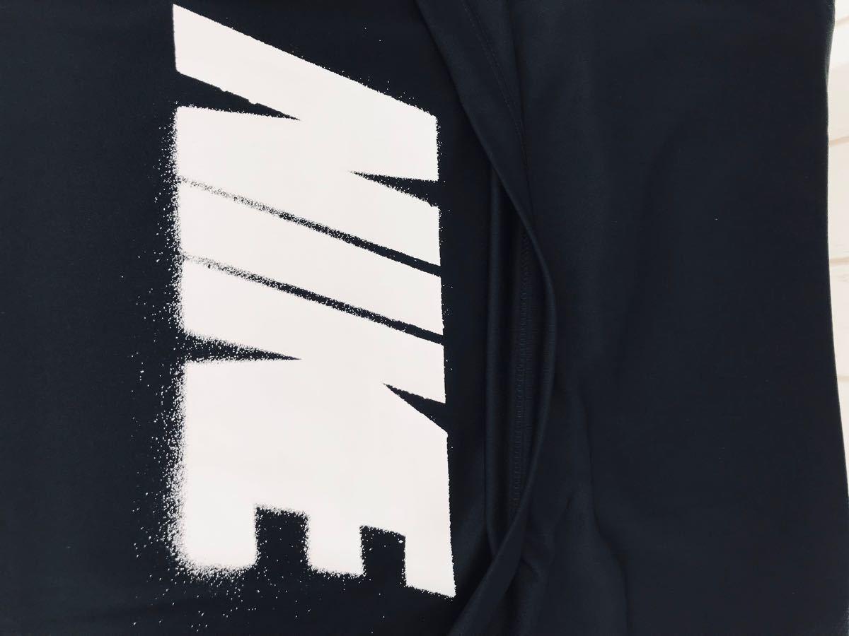 ナイキ NIKE タンクトップ 黒 背面裾ビッグロゴ