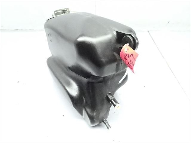 βCP07-4 スズキ ストリートマジック TR50 CA1LA (H9年式) 燃料 タンク フューエルタンク 破損無し!_画像3
