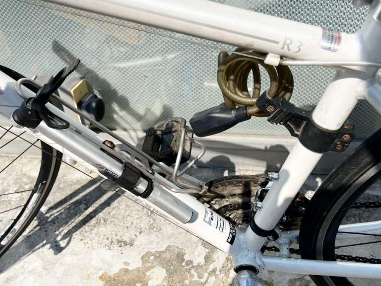 GIANT(ジャイアント)ESCAPE ☆クロスバイク アルミフレームR3 24段シマノ変速ギア搭載_画像9