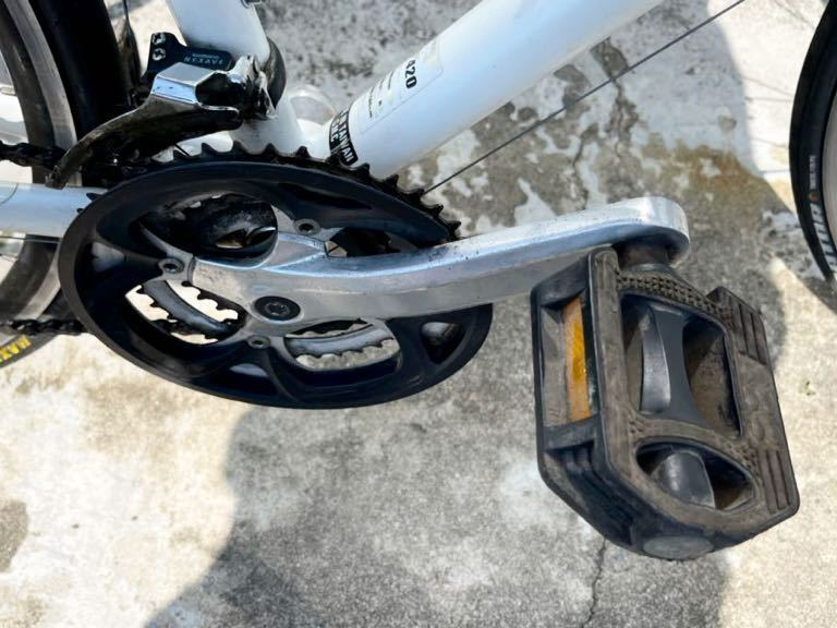 GIANT(ジャイアント)ESCAPE ☆クロスバイク アルミフレームR3 24段シマノ変速ギア搭載_画像7