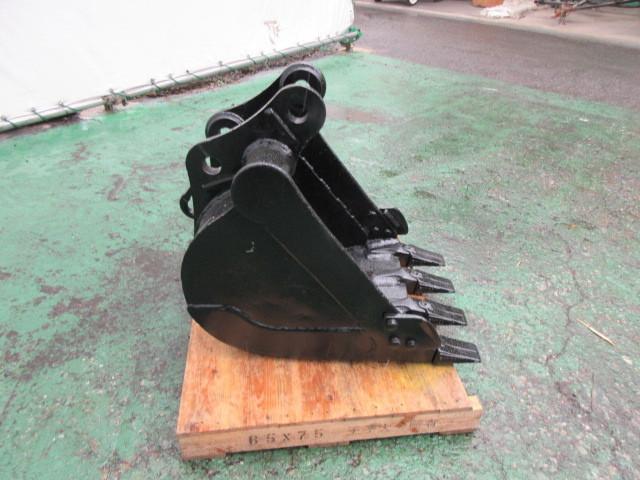 FV83 ヤンマー Vio30 用 バケット ピン径38mm 幅470mm ユンボ 建設機械_画像4