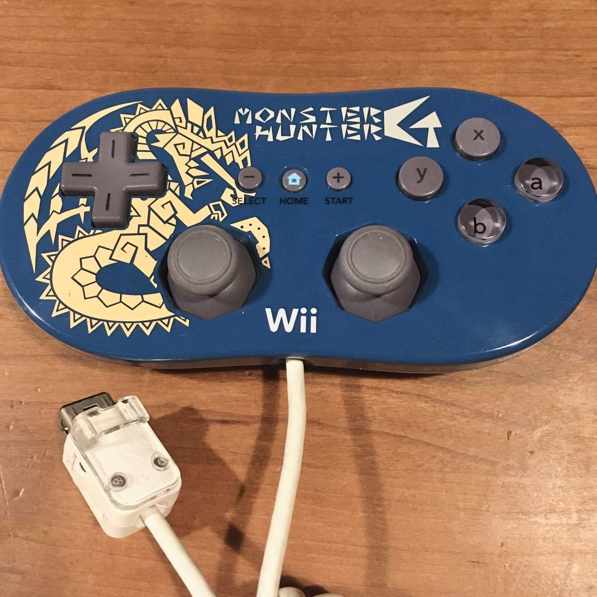 Wiiリモコン + ストラップ + Wiiハンドル + wiiコントローラー の4点セット 【送料無料】
