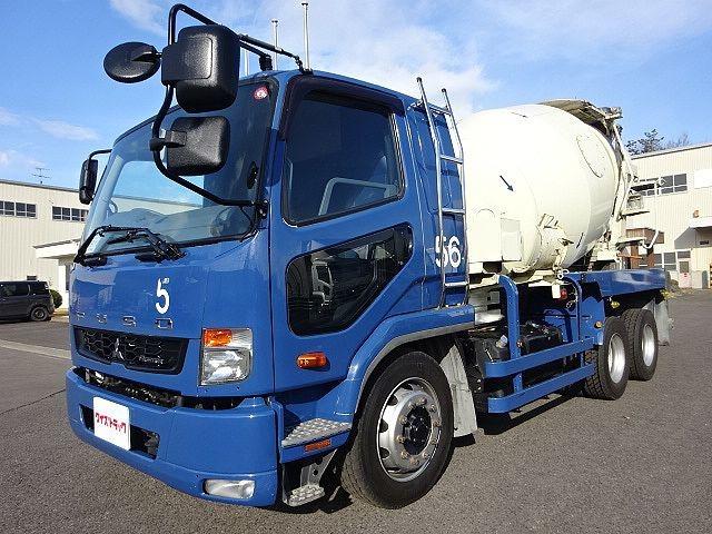 「【T4810】H26 ファイター 増トン コンクリートミキサー車 実走行16.1万km カヤバ 270馬力 ドラム容量8.9? ナンバー付@車選びドットコム」の画像1