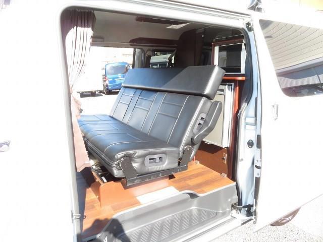 ハイエース OMC ツアーズワイド 4WD@車選びドットコム_画像の続きは「車両情報」からチェック