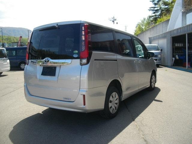 「平成26年 トヨタ ノア 2.0 X Vパッケージ 4WD @車選びドットコム」の画像2