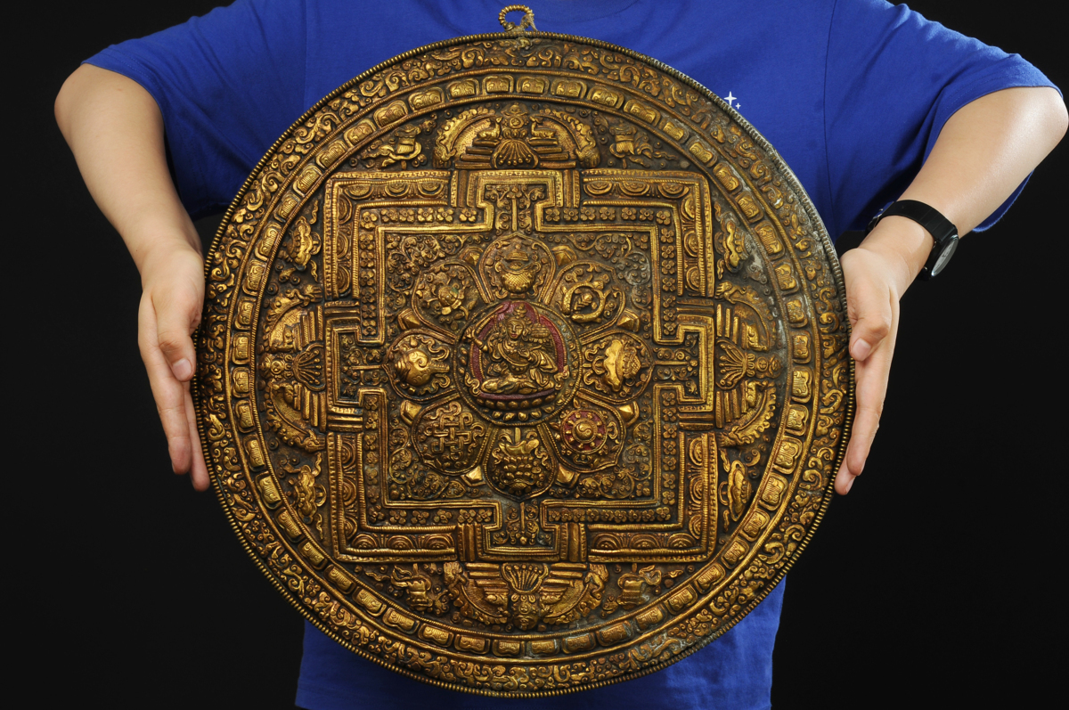 ◆鶴鳴堂◆ チベット・15-16世紀 鉄製 翦金翦銀壇城 密教法器 超絶技巧 寺寶 細密毛彫 博物館級至宝 廃寺買取 仏教古美術 寄贈品