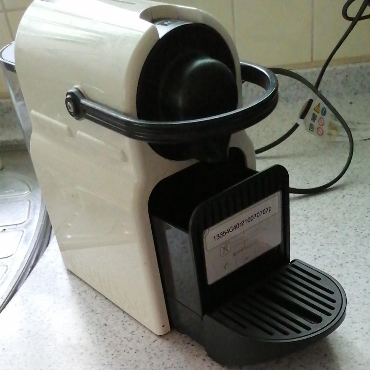 ネスプレッソ コーヒーメーカー