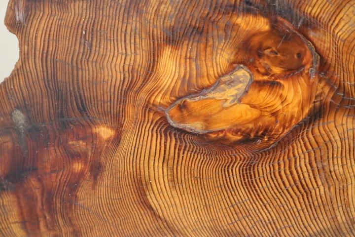 TB526木製 無垢 重厚な敷板 厚9cm/9.95kg◇美杢/銘木/杢目/花台/飾り台/陳列台/天然木/一枚板/時代/骨董/古美術/茶道具/古道具タグボート_画像8