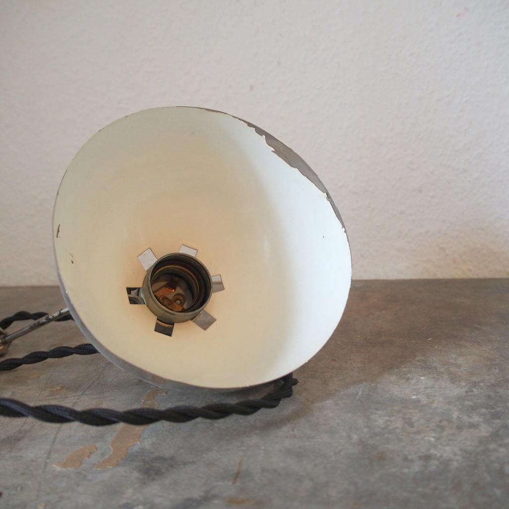 フランス ヴィテージ メタル製 クリップランプ 照明スポット バウハウス アトリエ 工業系ライト デスクランプ ミッドセンチュリー 店舗什器_画像6