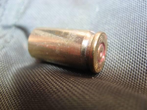 【安全品】 9mm ベレッタ 空薬莢 米軍実物品 ダミーカート 1発_画像2