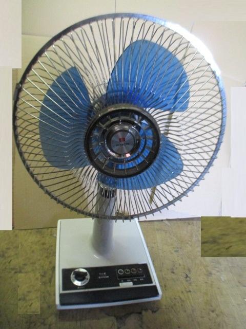 昭和レトロ アンティーク  日立 さわ風  H-31TE 扇風機 卓上扇風機_画像1